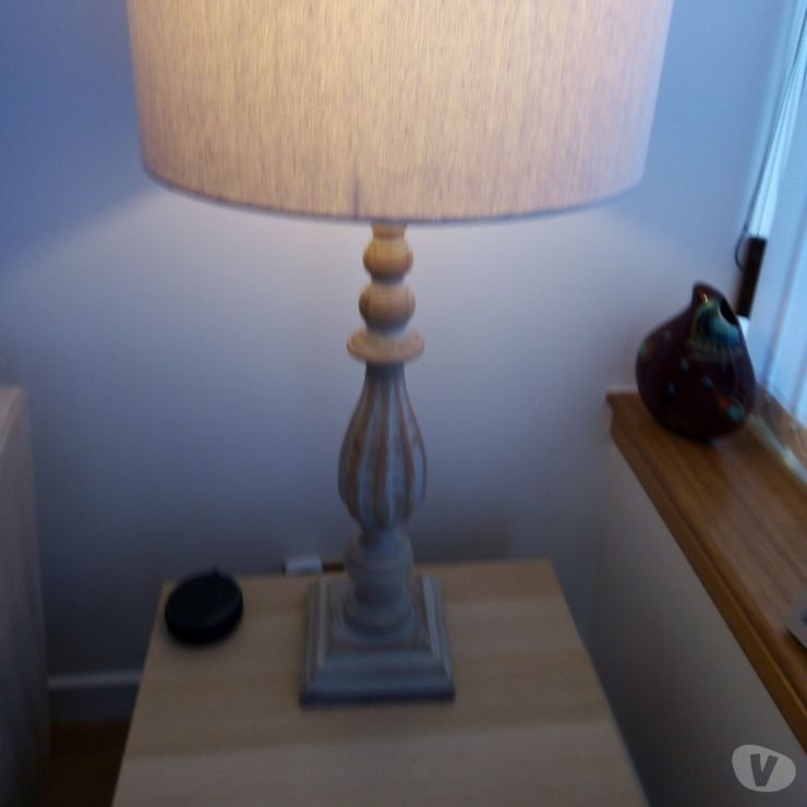 Furniture Glasgow Balloch - G68 - Photos for Table lamp with cream shade