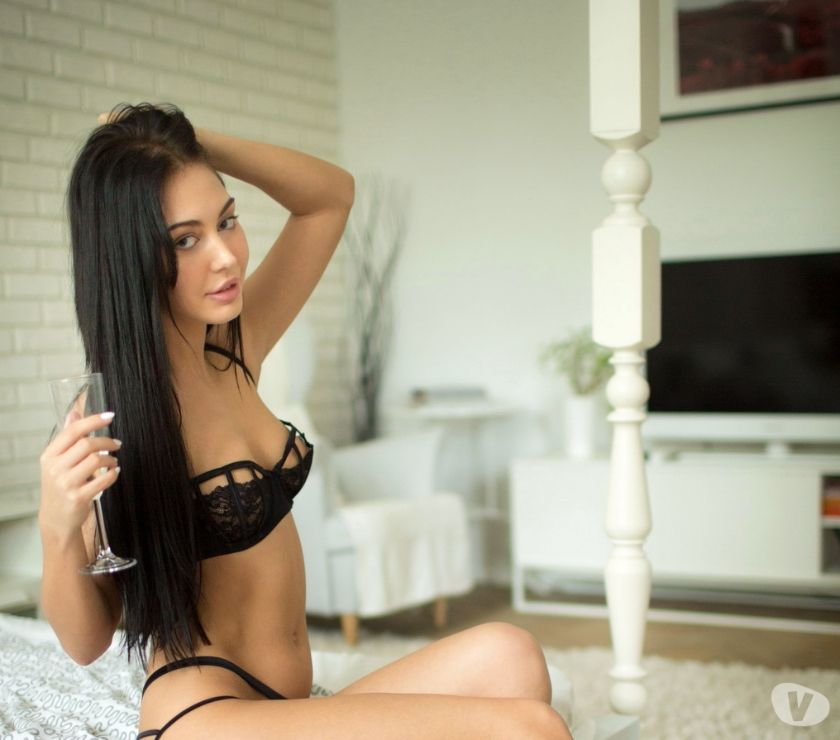 Photos for NEW HOT & SEXY STUDENT READY FOR OUTCALL & INCALL 247