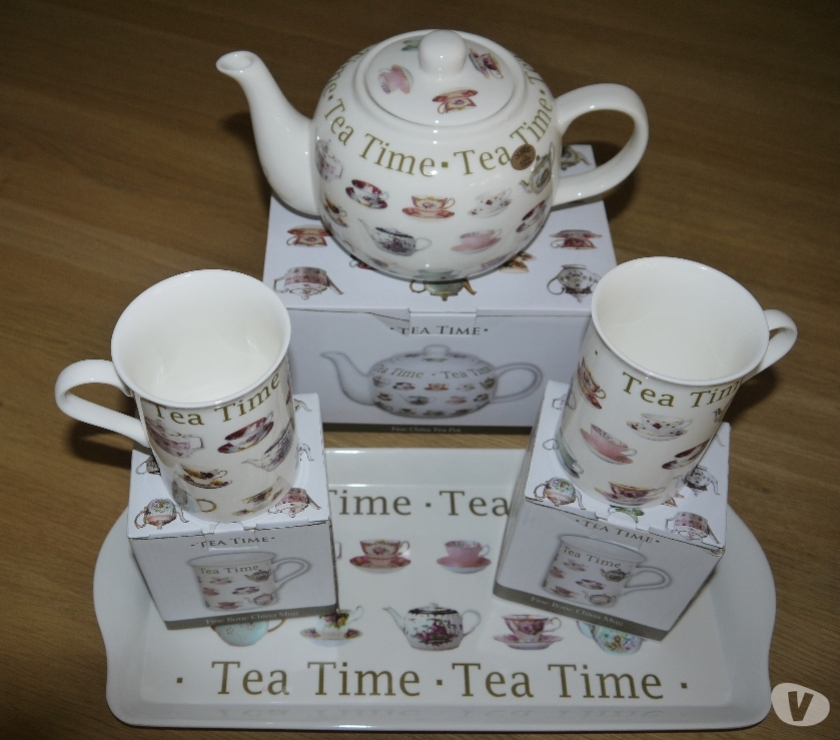 Photos for Leonardo Collection Fine China Teapot, 2 Mugs and Tray