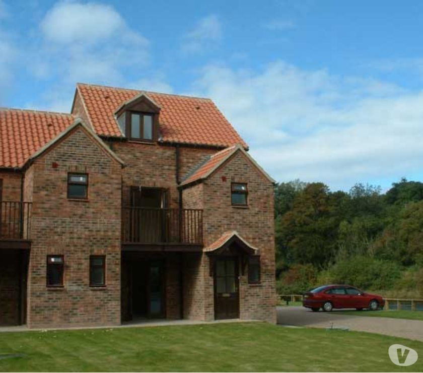 Hotels North Yorkshire Whitby - Photos for Riverside Self Catering Holiday Cottage