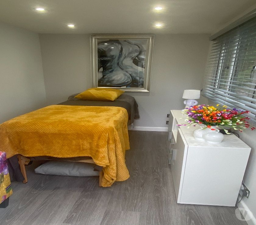 Health-Beauty Hertfordshire Ware - Photos for MALE WAXING HAIR REMOVAL MASSSAGE THERAPIST