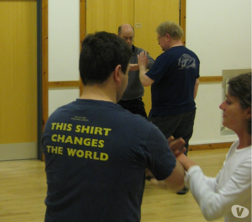 sports coach Berkshire Reading - Photos for Chen style Tai Chi Classes (Earley)