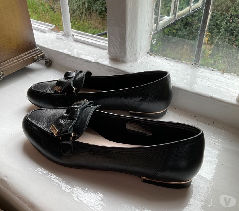 hand made dresses Cheshire Macclesfield - Photos for Black smart loafers