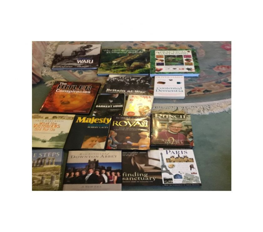 souvenirs Hertfordshire Hemel Hempstead - Photos for Box of books 50p - £1 each