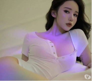 Escorts and Massages West Yorkshire Huddersfield - Photos for Fantastic Japanese escort in Huddersfield 1 week only