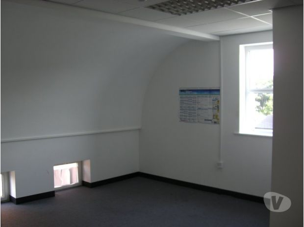 Office Space Merseyside Southport - Photos for Corner office suite available for rent.