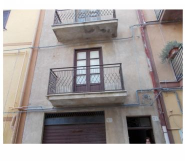 Photos for sh 636 town house, Caccamo, Sicily
