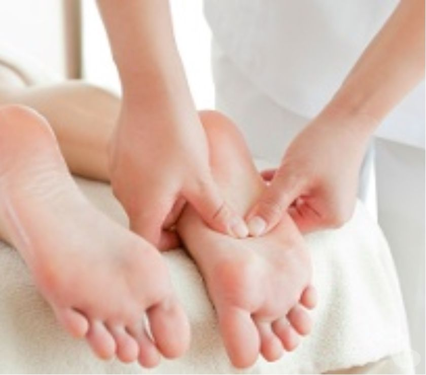 Full body massage North London Wood Green - N22 - Photos for Foot Massage in Wood Green N22