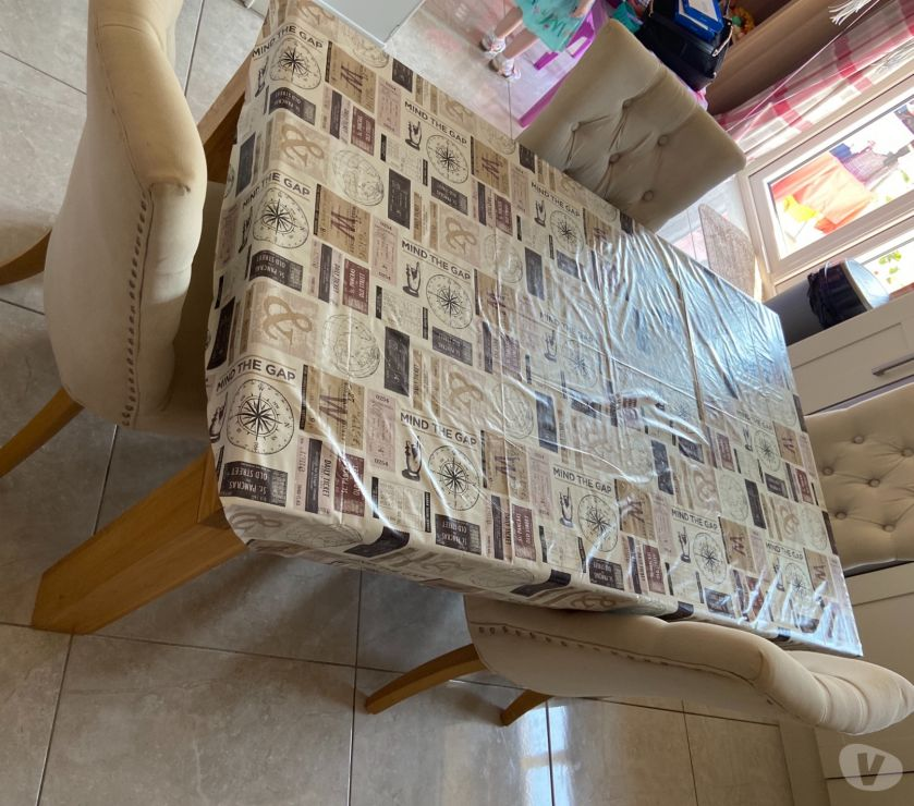 Furniture Antrim Newtownabbey - Photos for Oak kitchen table and 4 chairs