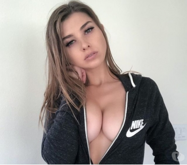 Photos for I am 29 Older SeXy Woman FucK Any Style Totally