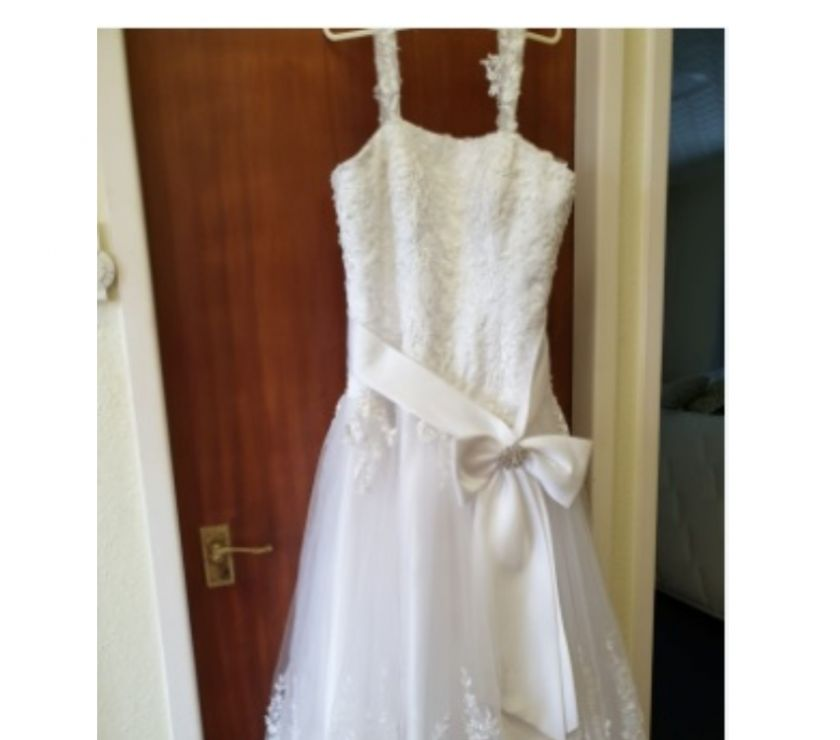 hand made dresses Isle of Anglesey Isle of Anglesey - Photos for Wedding dress size 12-14