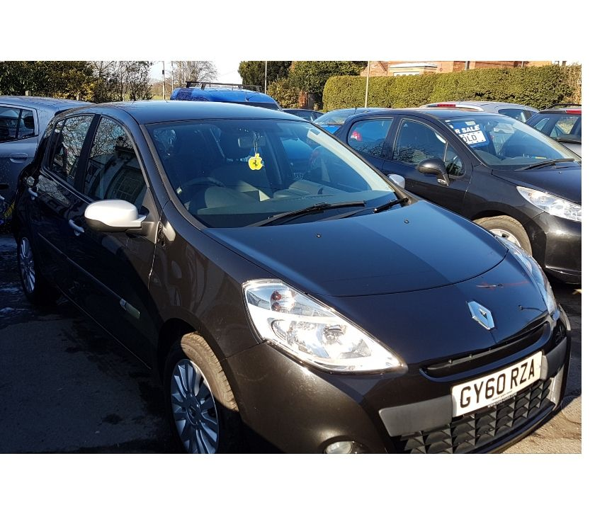 used cars for sale Nottinghamshire Mansfield - Photos for Renault Clio Hatchback 1.5 dCi (86bhp) I-Music 5d 2010