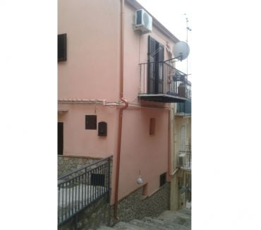 Photos for sh 574 town house, Caccamo, Sicily