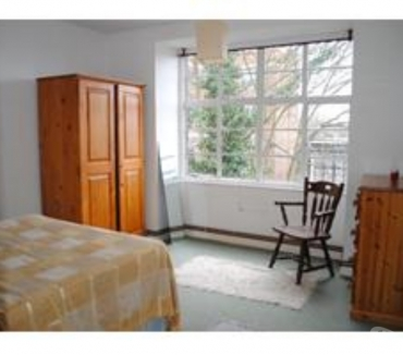 Photos for Lovely, large, top floor 1 double bedroom apartment to rent