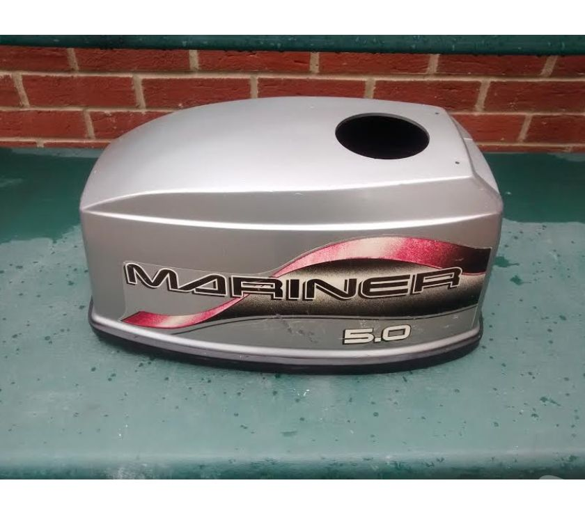 Photos for MARINER MERCURY 5HP OR 4HP 2 STROKE OUTBOARD HOOD LID COVER