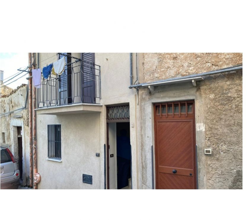 Property for Sale Hertfordshire Barnet - Photos for sh 682 town house, Caccamo, Sicily