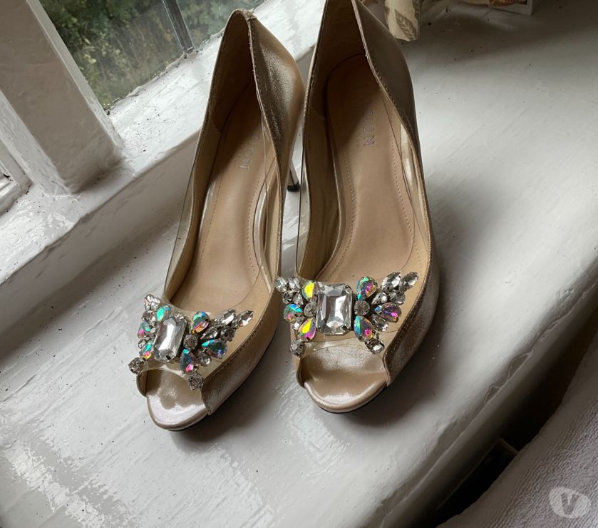 hand made dresses Cheshire Macclesfield - Photos for Sparkly new shoes