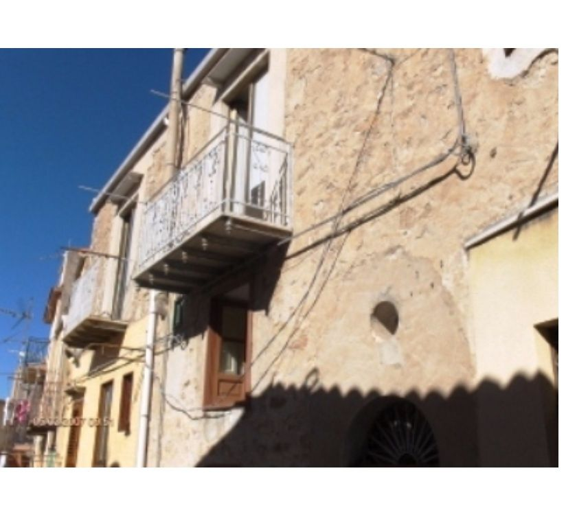 Photos for sh 536 town house, Caccamo, Sicily