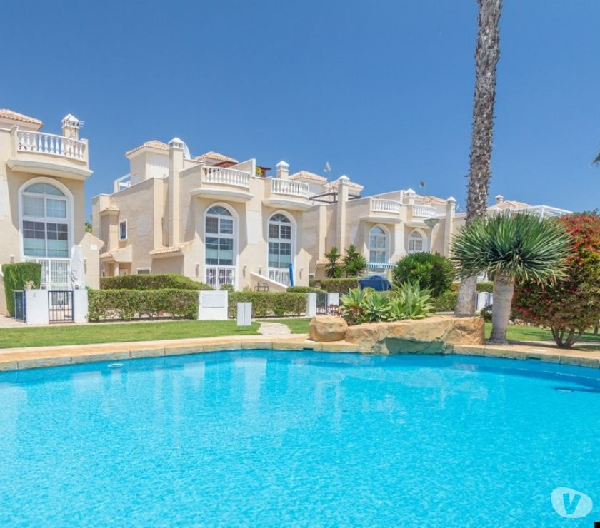 Overseas Property For Sale - Photos for Stunning 2 bed, 3 bath Semi Townhouse