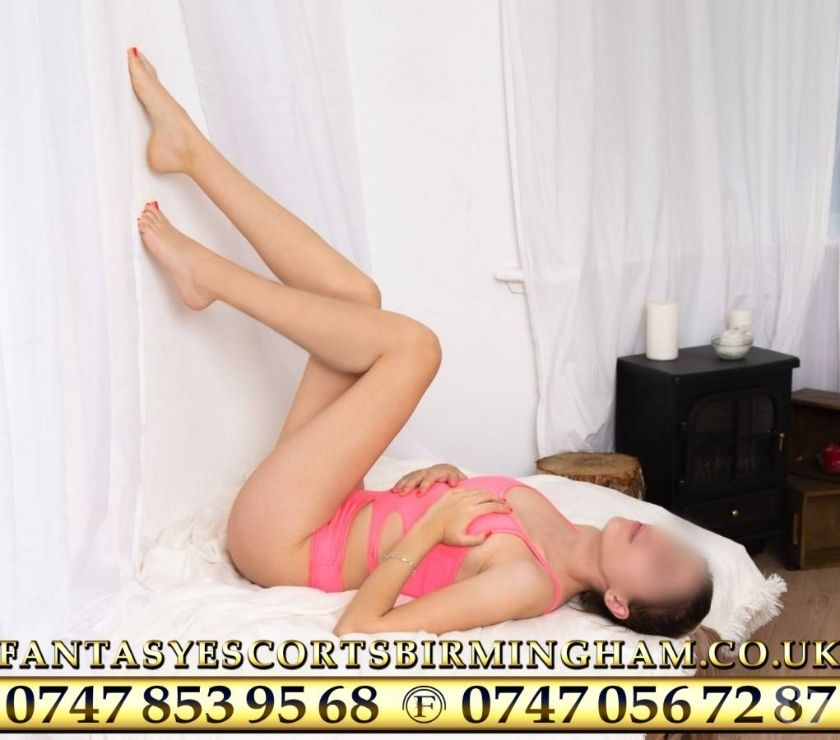 Photos for KARLA sexy Brazilian escort, OUTCALLS in Dudley and UK 24-7