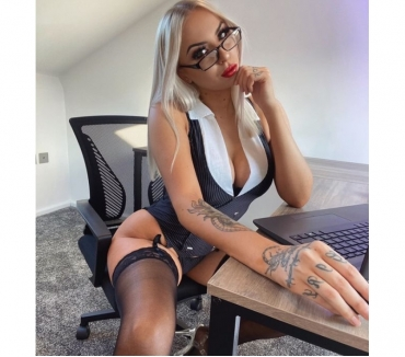 Photos for CHANEL SWEET FLY WITH ME IN HEAVEN BIG ASS 07958557431