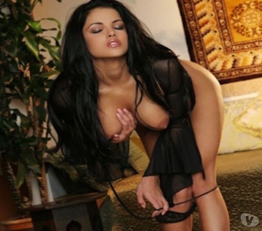 Escorts Hertfordshire Watford - Photos for HOTTEST BABES OF ALL NATIONALITY.
