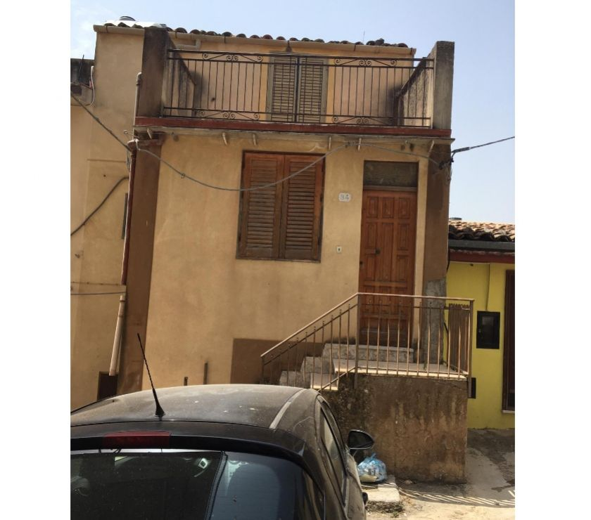 Property for Sale Hertfordshire Barnet - Photos for sh 684 town house, Caccamo, Sicily