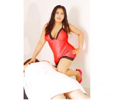 Photos for Thai aromatic hot oil massagerelaxing oil massage...LISA