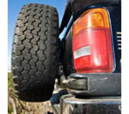 Photos for 4x4 tyres (Landrover, Range Rover, etc)
