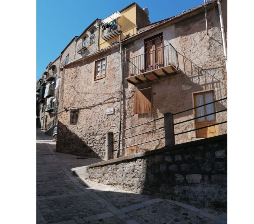 Property for Sale Hertfordshire Barnet - Photos for sh 673 town house, Caccamo, Sicily