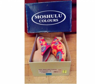 Photos for Moshulu Red ladies clog
