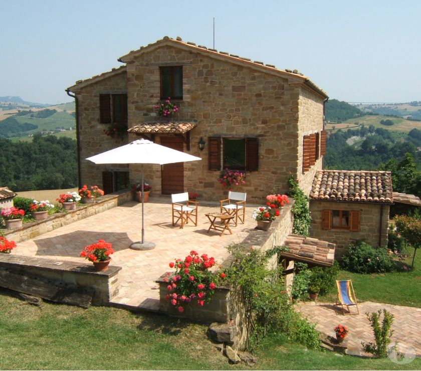 Overseas Property For Sale - Photos for Renovated stone house, stunning location, Gualdo, Le Marche