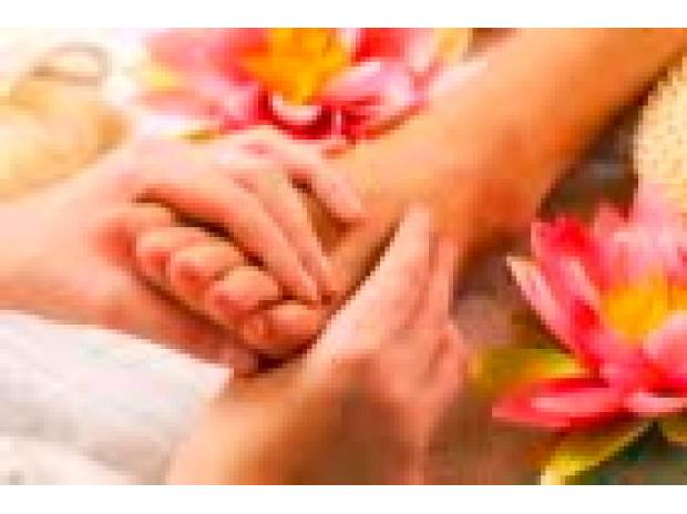 Full body massage West Yorkshire Bradford - Photos for Reflexology for just £20 inc Home Visits