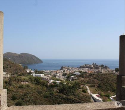 Foto di Vivastreet.it Lipari Isole Eolie. -cod.ve 249- In località Monte, zona p