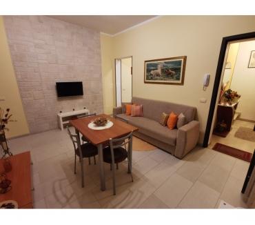 Foto di Vivastreet.it Affitto arredato pressi c.so Vittorio Emanuele, Noto