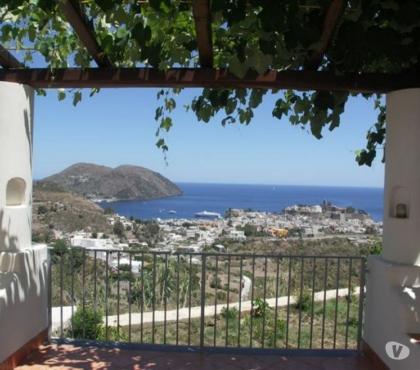 Foto di Vivastreet.it Lipari Isole Eolie. villette panoramiche con terrazze