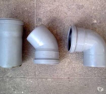 Foto di Vivastreet.it Curve e tubo da idraulico, NUOVI, diametro 110mm