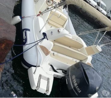 Foto di Vivastreet.it gommone marlin 26 top cv350 4t full maniacale