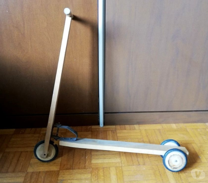 articoli per bambini e giocattoli Asti e provincia Asti - Foto di Vivastreet.it Monopattino in legno per bambini