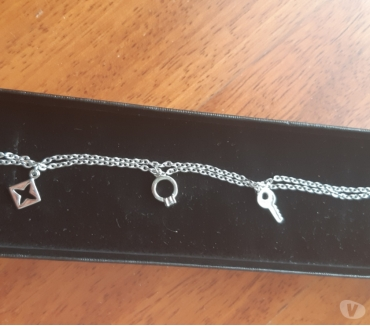 Foto di Vivastreet.it BRACCIALE IN ARGENTO 925 con charms 36€