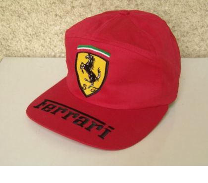 Foto di Vivastreet.it Cappello in cotone, 'Ferrari'