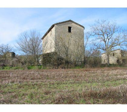 Foto di Vivastreet.it Rif. 503 proprietà di tre antichi casali con 6 ettari