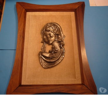 Foto di Vivastreet.it Quadro vintage con madonnina in metallo dim 33x44