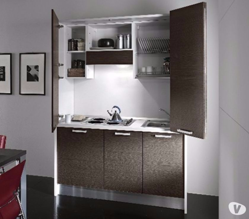 Cucina monoblocco a scomparsa l 155 omologata per ufficio for Offro mobili gratis