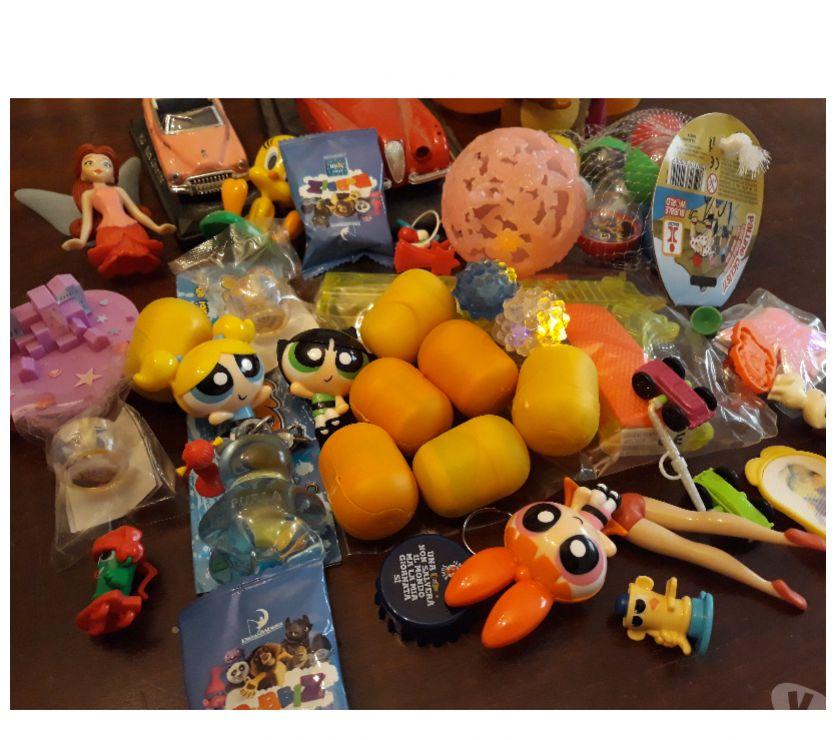 articoli per bambini e giocattoli Reggio nell'Emilia e provincia Scandiano - Foto di Vivastreet.it Lotto giochini vari + sorpresine Kinder