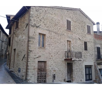Foto di Vivastreet.it Rif. 346a cielo-terra i borgo vic. Gualdo Cattaneo