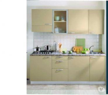 Foto di Vivastreet.it ARREDO CASE VACANZA A ROMA -Cucina a parete monoblocco 02