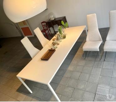 Foto di Vivastreet.it tavolo tense mdf italia e sedie flow slim
