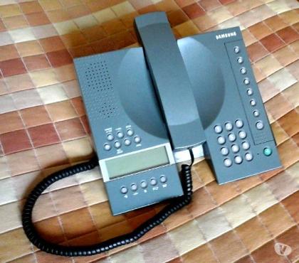 Foto di Vivastreet.it Telefono fisso Samsung con vivavoce e segreteria telefonica