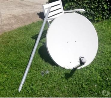 Foto di Vivastreet.it Antenna parabolica con palo e ricevitore
